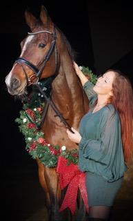 Los om mijn paard blijven zitten in de zijgangen in draf: moeilijk! Uitgestrekte draf doorzitten: overleven! Een proef waar al het drafwerk achter elkaar komt: zware klus!